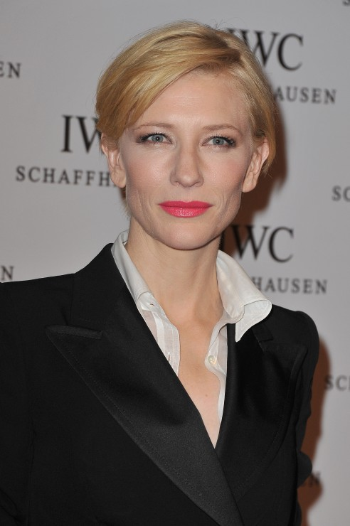 I loved Cate's lipstick colour!