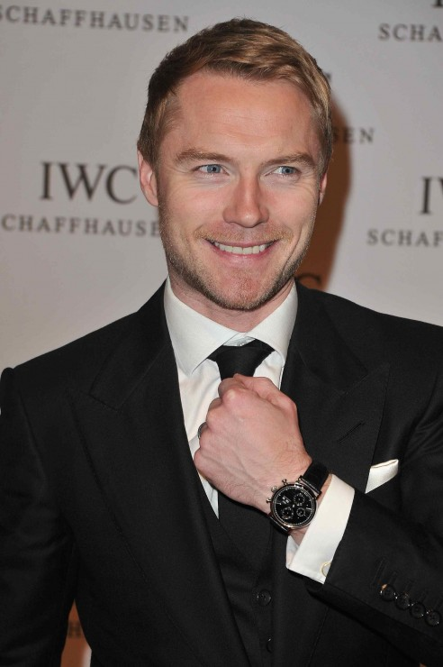 Ronan Keating demonstrates what this night is about: The launch of the new IWC Portofino watch family.