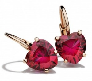 Dodo Earrings, € 295 (also available in white)