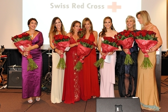 That is us: The ladies of the Swiss Red Cross ball committee.