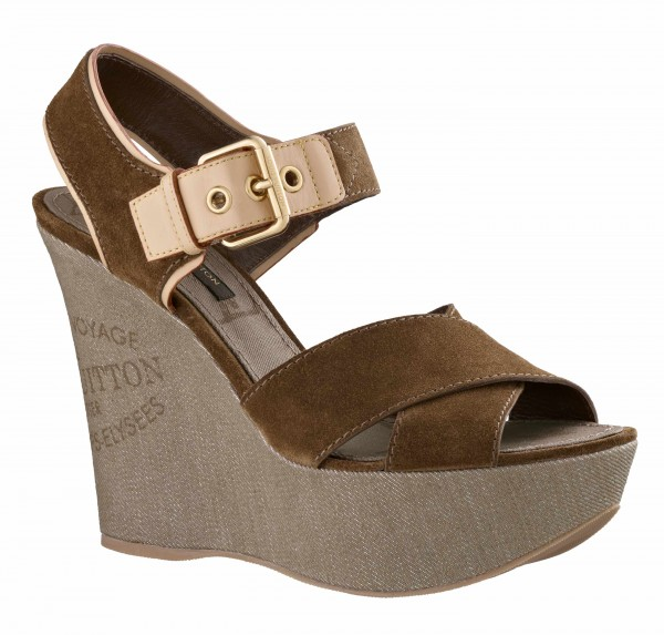 Wedge sandal in Suede calf leather