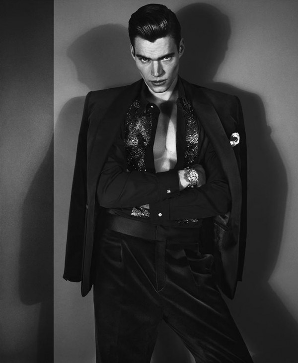 01A_Versace Men's FW 2012 - Philipp Schmidt Model