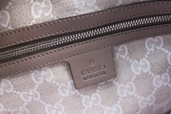 Gucci-Stirrup-Bag-8