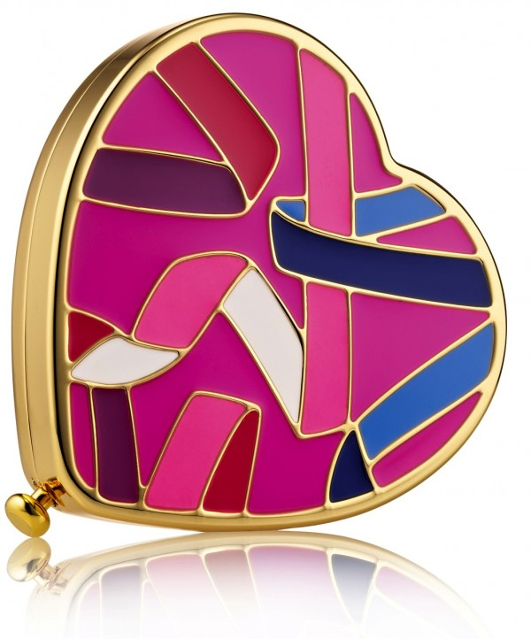 Estee_Lauder_Dream_compact_breast_cancer