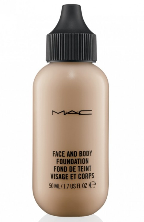 MAC-Face-and-Body-Foundation-C4-Carine-Roitfeld-580x889