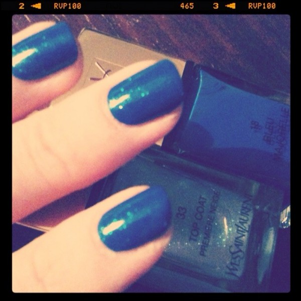 YSL_Christmas_Look2012_NailPOlishes