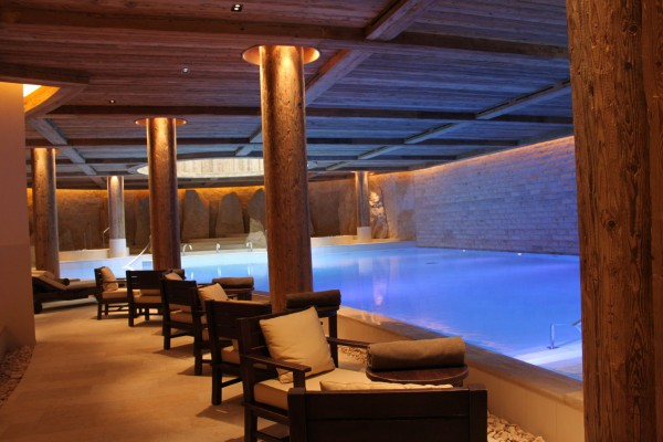 Alpina_gstaad-pool