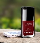 Chanel-iphone_accessoire
