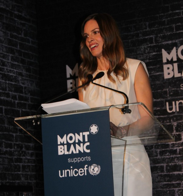 Hilary_Swank_Montblanc_Signature_for_good