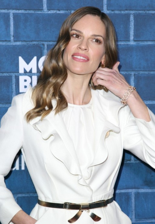 HILARY-SWANK-at-MontblancPre-Oscar-Brunch-in-Los-Angeles-5-535x773