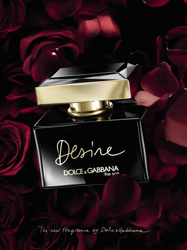 1Dolce&Gabbana_Desire_Creative Packshot_Portrait_high res_FINAL