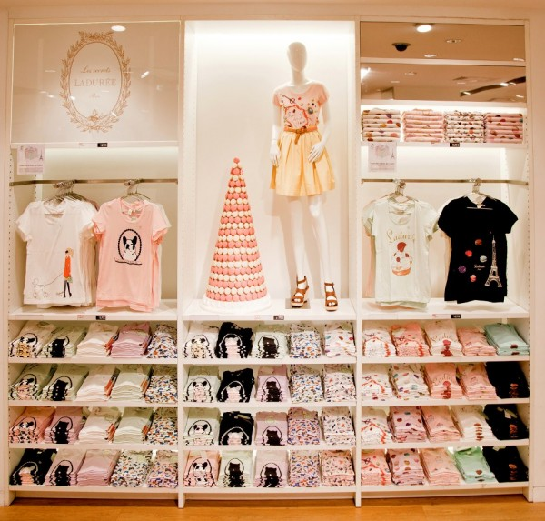 Uniqlo_Laduree-2