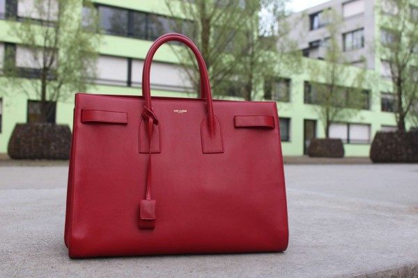 Saint_Laurent_Sac_du_jour_red2