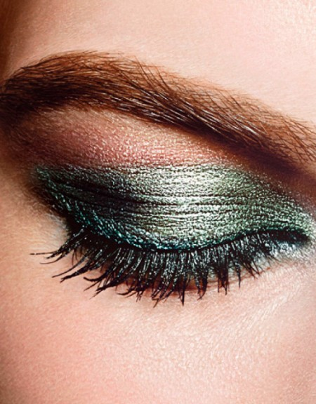 CHANEL-Eye-Makeup-SMOKY-EYES_