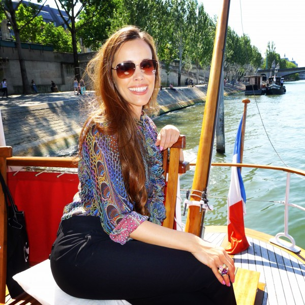 Sandra Bauknecht Boat Tour in Paris
