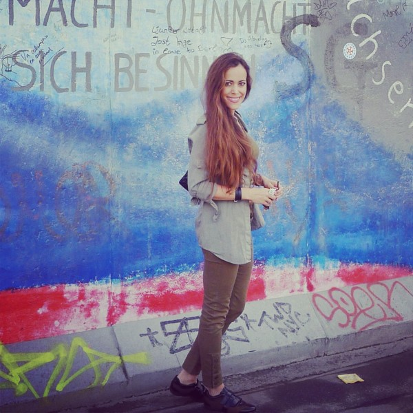 Sandra Bauknecht at Berlin Wall 3