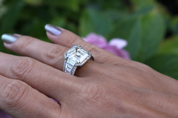 Vainard Diamond ring
