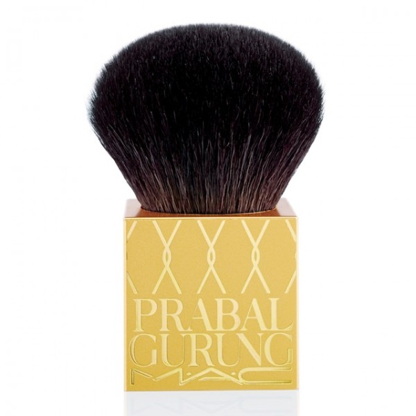 MAC-Cosmetics-Prabal-Gurung-Holiday-2014-Square-Handled-Buffer-Kabuki-Brush