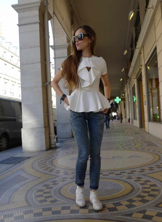 Sandra Bauknecht in McQueen Top on a sunny day in Paris