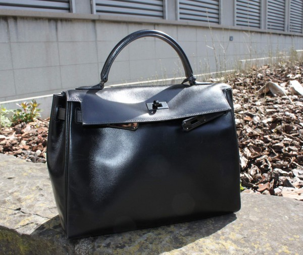 Kelly_So_Black_Hermès