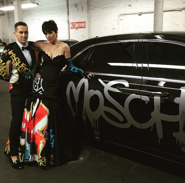 Moschino_Jeremy_Scott_Kate_perry_Met_Gala