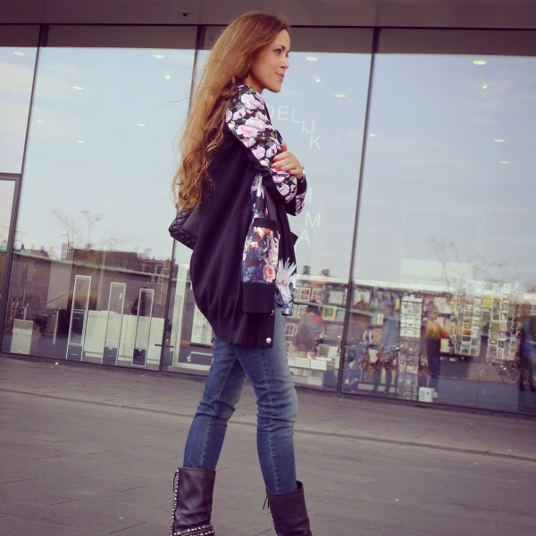 Sandra_Bauknecht_Amsterdam_Givenchy_Floral_Print-1