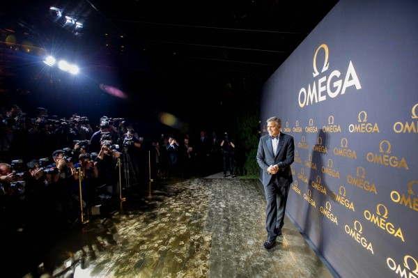 20140516_George Clooney joins OMEGA in Shanghai_2