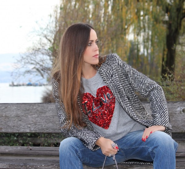 Sandra Bauknecht with H&M Sweater Love