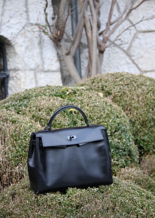 Kelly So Black by Hermes
