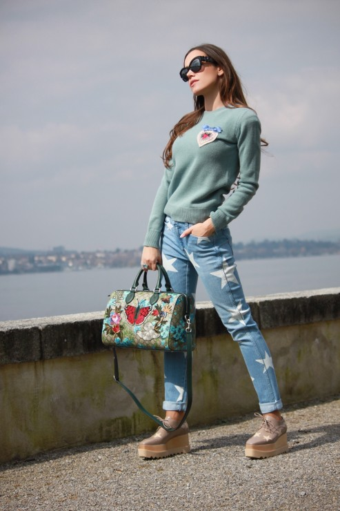 Sandra_Bauknecht_Stella_Star_Shoes_and_Jeans-1