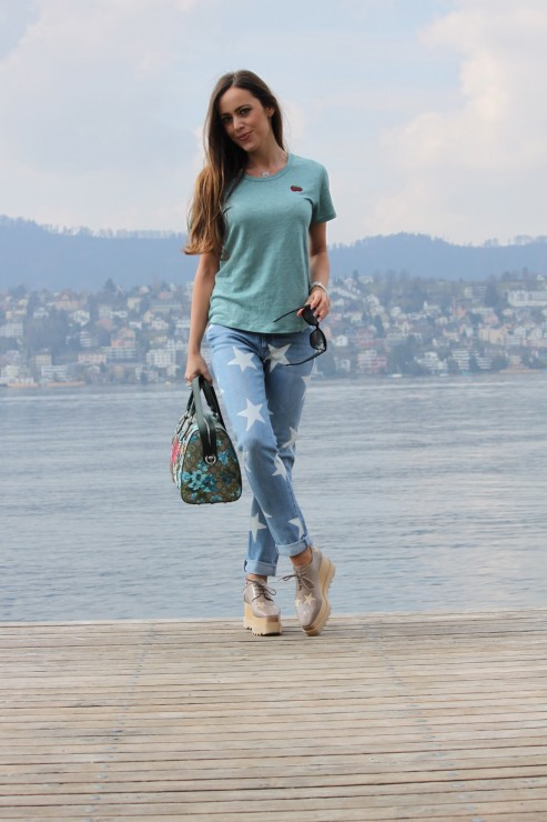 Sandra_Bauknecht_Stella_Star_Shoes_and_Jeans
