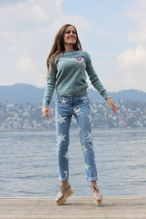 Sandra_Bauknecht_Stella_Star_Shoes_and_Jeans-5