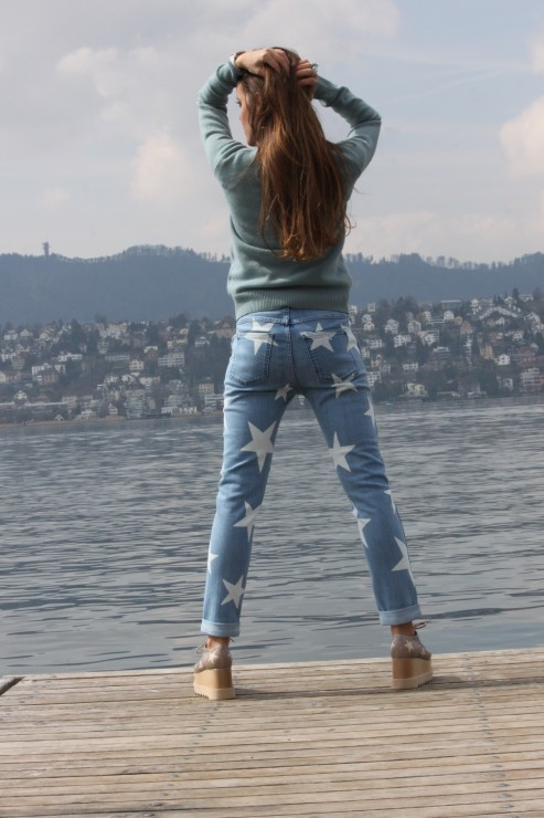 Sandra_Bauknecht_Stella_Star_Shoes_and_Jeans-6