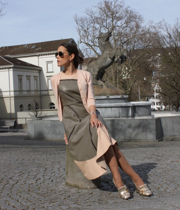 Sandra_Bauknecht_Tibi_Leather_Dress_gucci_Shoes_Gold