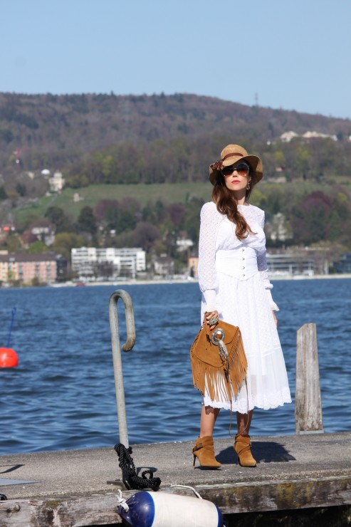 Sandra_Bauknecht_Philosophy_di_Lorenzo_Serafini_White_DRess_Fashion_Vestis-15