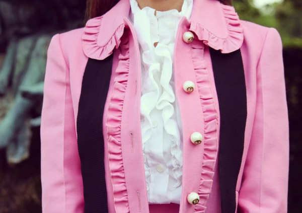 Gucci_Pink_Jacket_Close_up