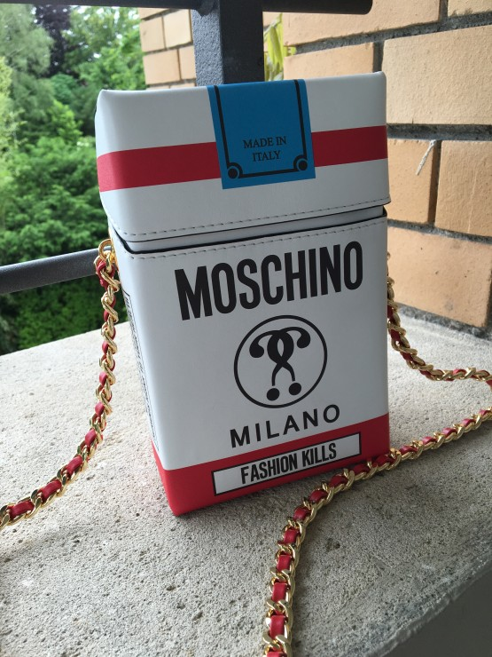 Moschino_Cigarette_Bag_2