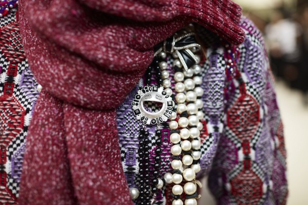 Backstage - close-up accessories by Stéphane Gallois - 014
