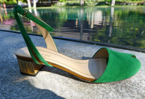 Gucci_Sandals_Green_Suede