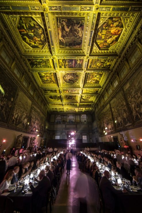 ap_royal_oak_frosted_gold_launch_11_palazzo_vecchio_firenze_officergb