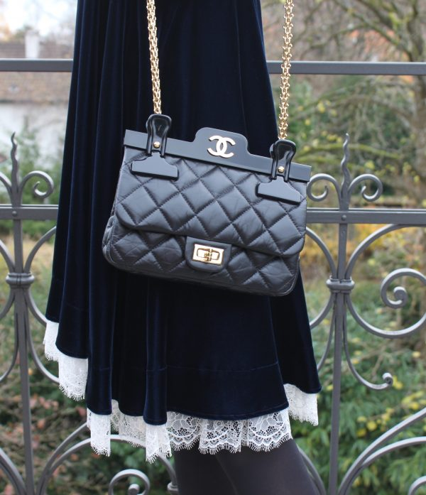 chanel_hanger_bag_3