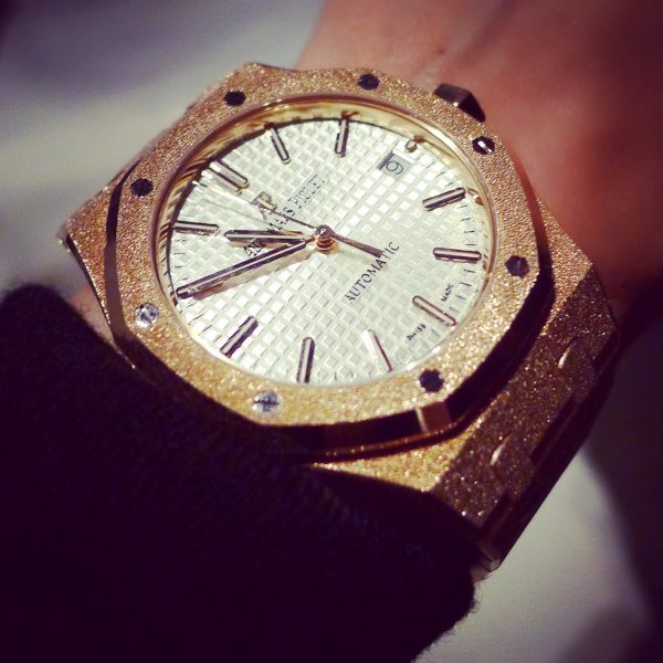 royal_oak_frosted_gold_audemars_piguet