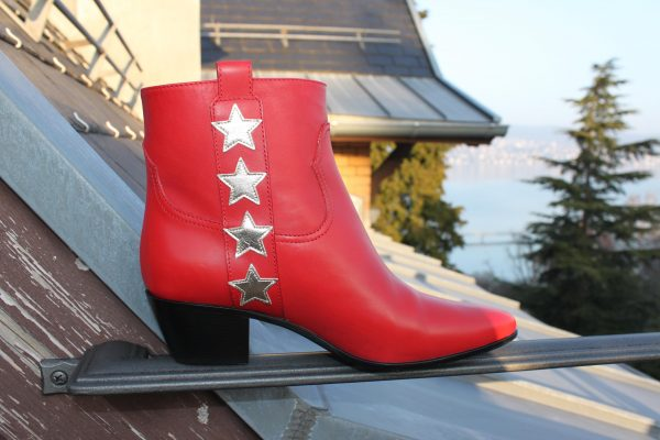 Saint_Laurent_boot_stars