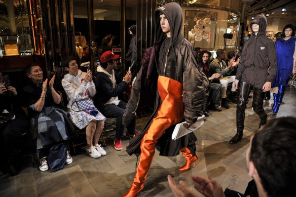 vetements-couture-fall-2016-collection-shoes-photos-55
